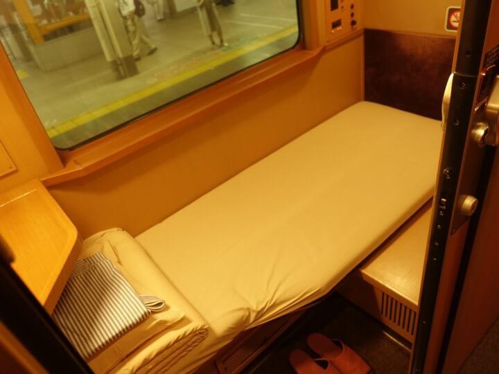 サンライズエクスプレスのシングルB個室の写真