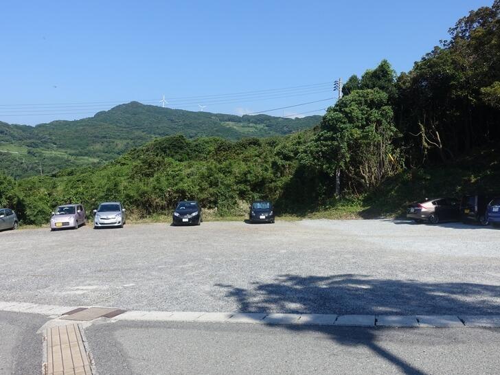 元乃隅稲成神社の第一駐車場