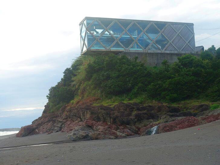 SEAHOUSEを海岸から撮影した写真