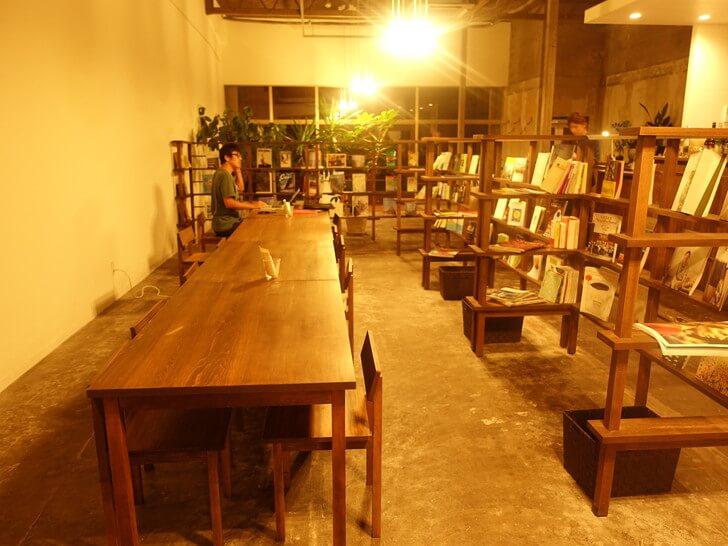 kincoのカフェスペースを撮影した写真