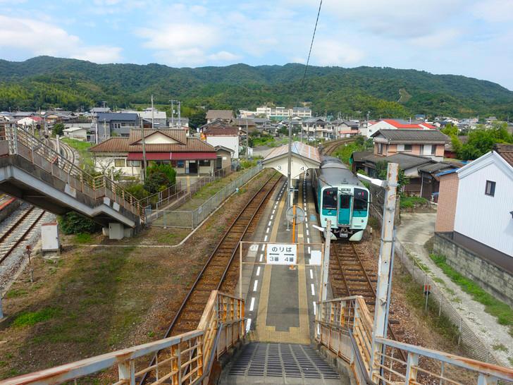 池谷駅の写真