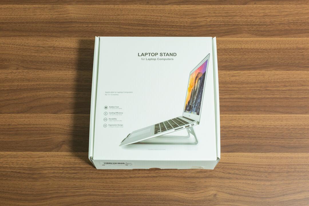 loeのノートパソコンスタンドのパッケージ