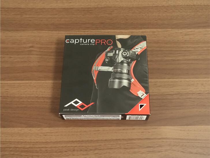 Peak Designのキャプチャープロカメラクリップの化粧箱