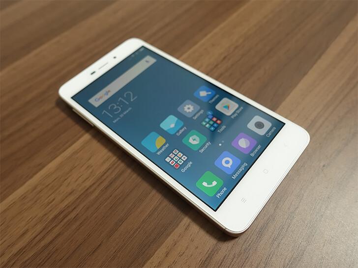 Xiaomi(シャオミ)スマホ「Redmi 4A」の液晶画面を撮影した写真
