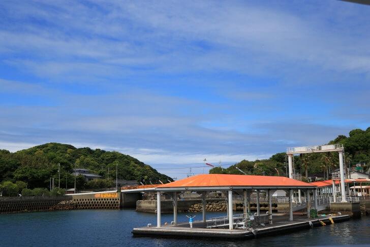 伊王島の桟橋の写真