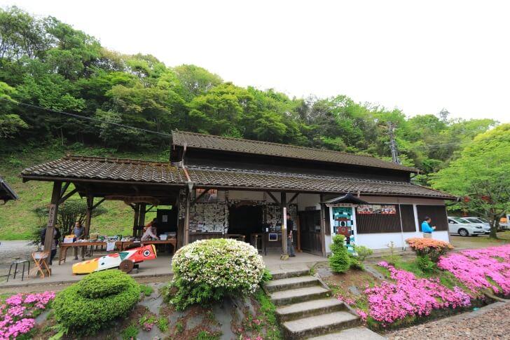 JR九州肥薩線の大畑駅の駅舎の写真