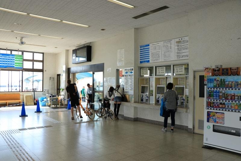 姪浜渡船場の自販機の写真