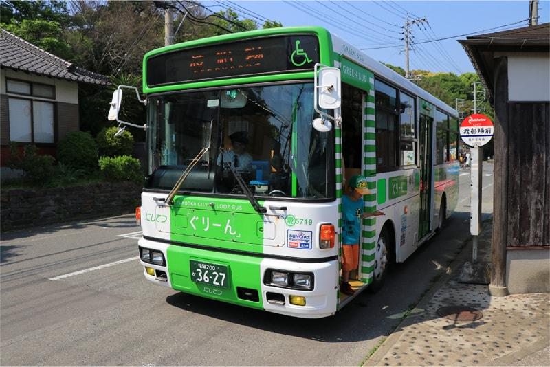 能古島アイランドパーク行きのバスの写真