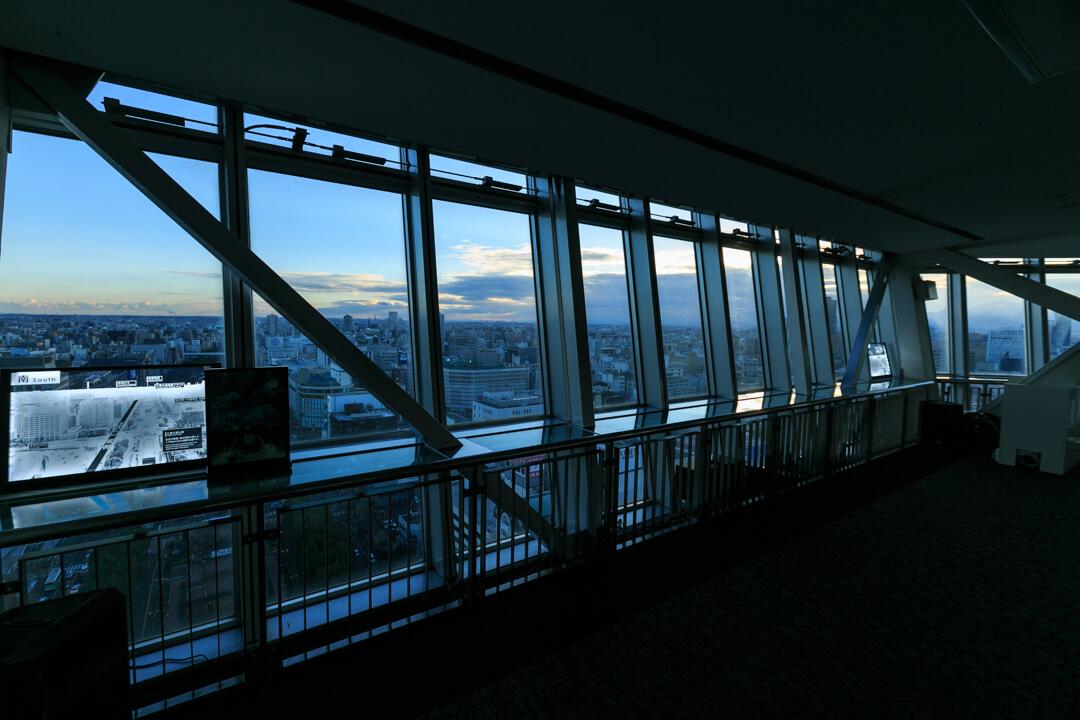 名古屋テレビ塔の展望台の写真