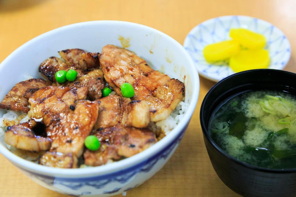 帯広グルメ豚丼のの写真