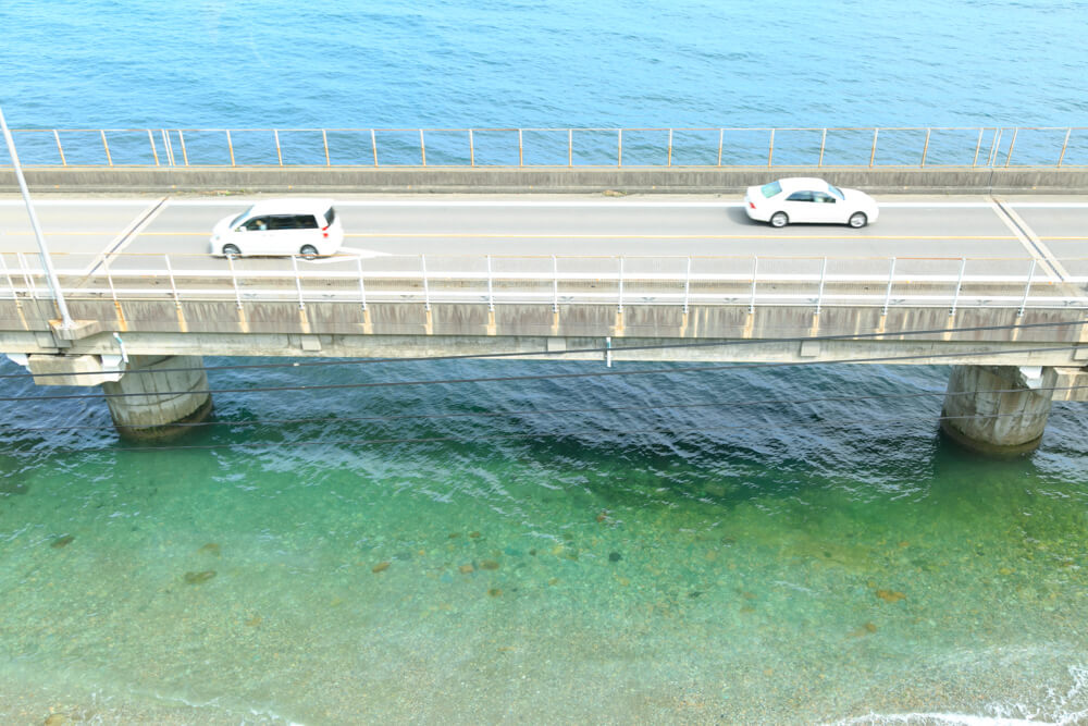 串駅付近の橋を撮影した写真