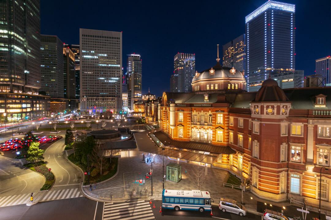 旧東京中央郵便局長室から撮影した東京駅の夜景