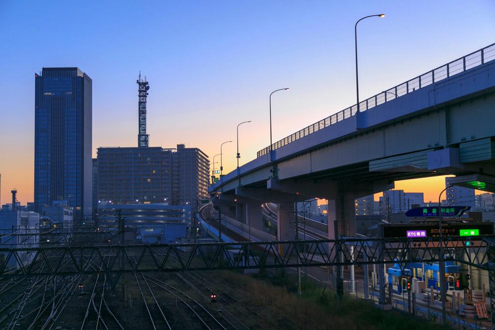 向野橋から撮影した朝焼けの名古屋駅前ビル群