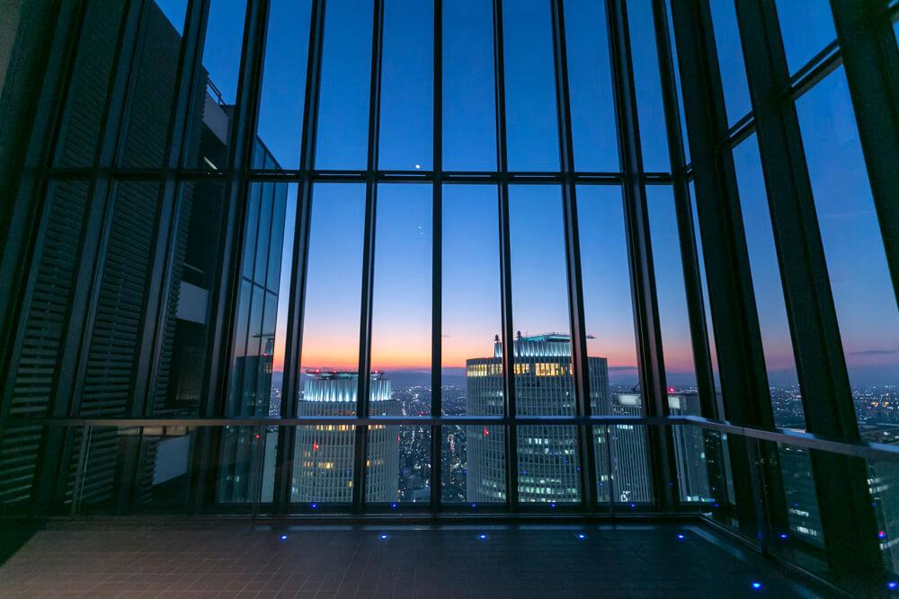 ミッドランドスクエアスカイプロムナードの窓の写真