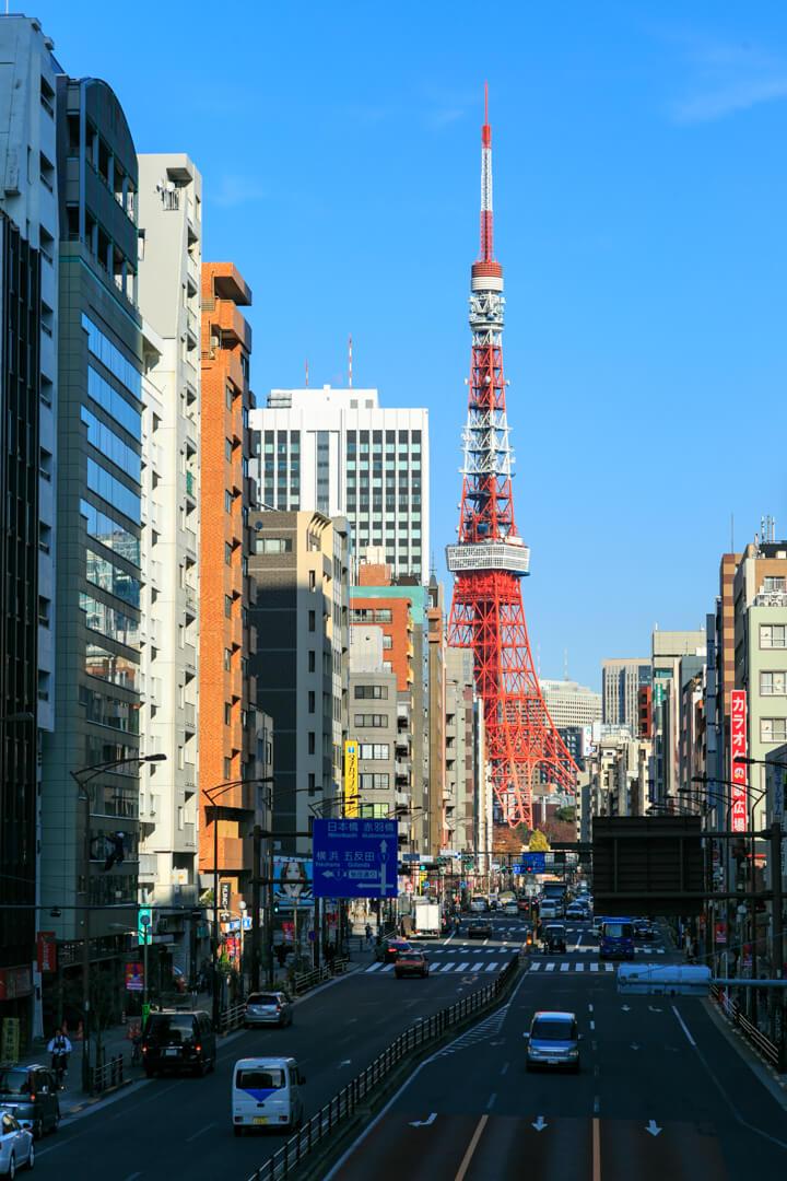 札の辻橋歩道橋から撮影した東京タワーの写真