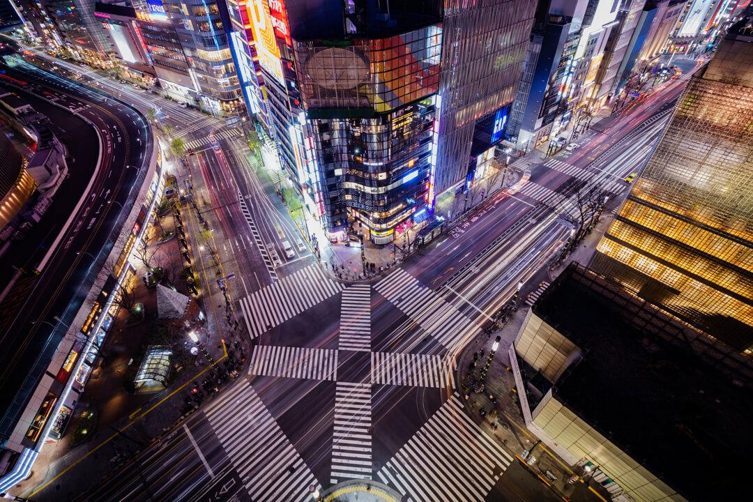 東急プラザ銀座キリコテラスから撮影した数寄屋橋交差点