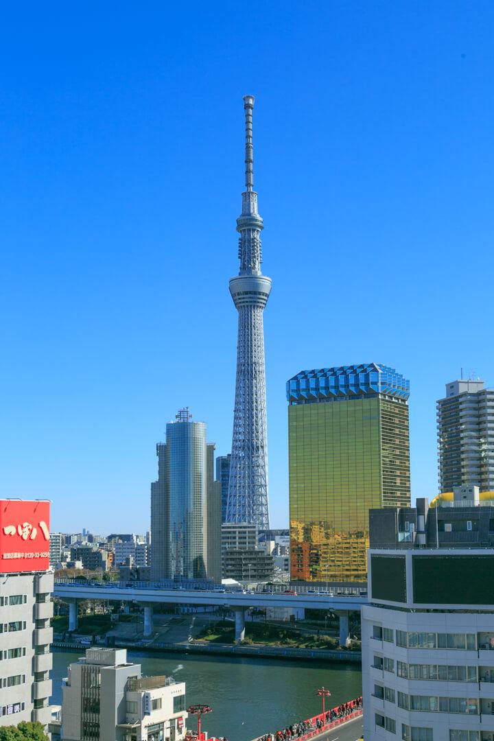 浅草観光センターから撮影した東京スカイツリーの写真