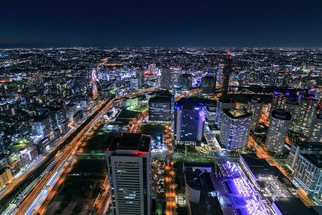 横浜ランドマークタワーから撮影した夜景の写真