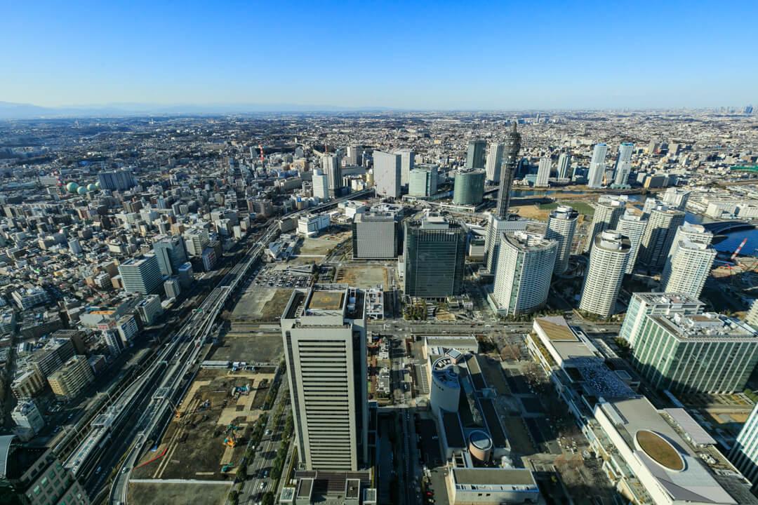 横浜ランドマークタワー北側の景色