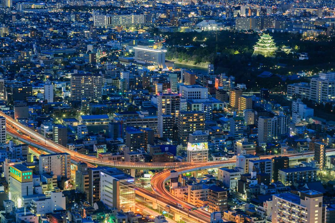ミッドランドスクエアから撮影した名古屋城の写真