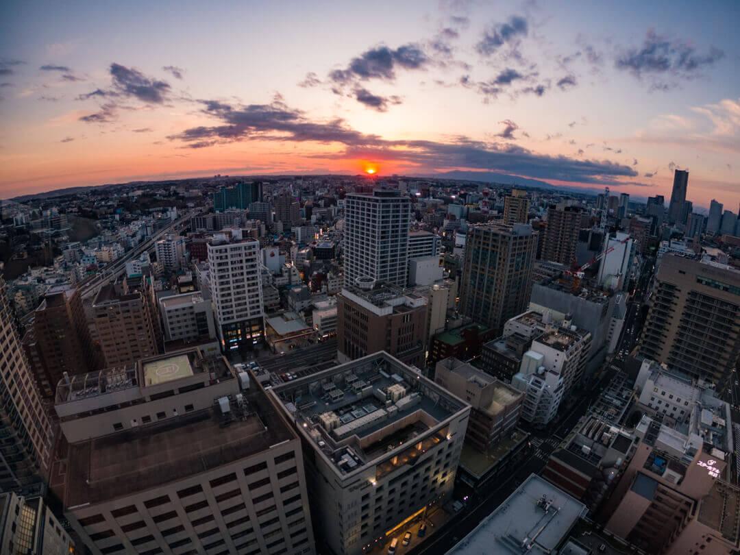 横浜マリンタワーから撮影した横浜の夕景