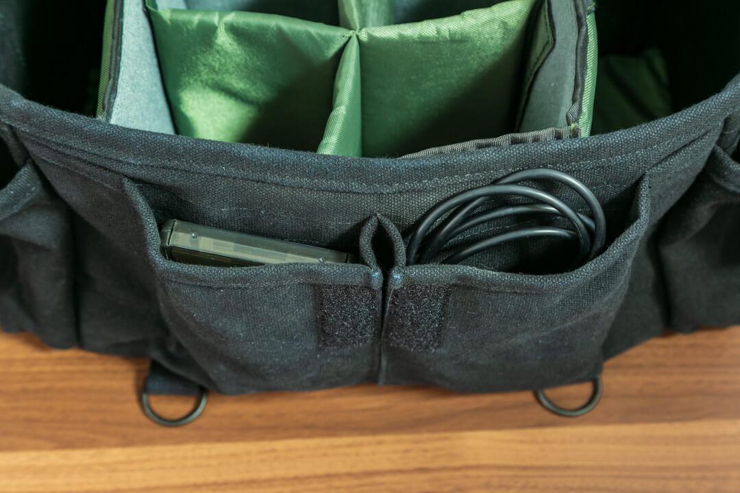 DOMKE「f-2」のフロントポケットの写真
