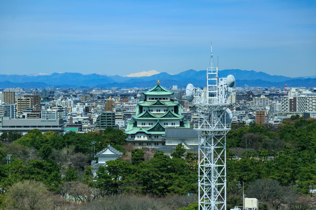 展望レストラン「フォレスト」から撮影した名古屋城の写真