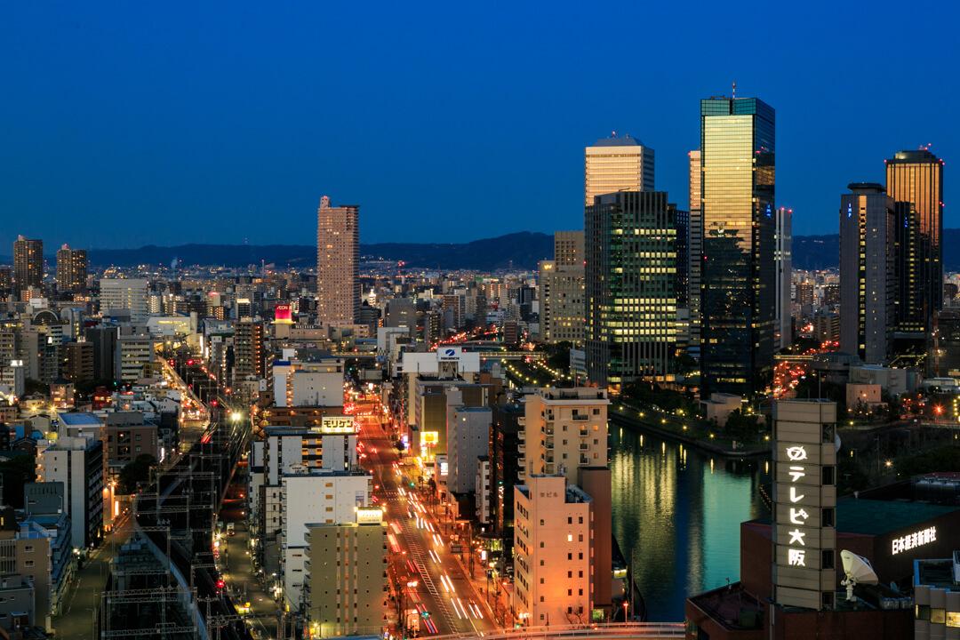 OMMビルから撮影した大阪ビジネスパークの夜景の写真