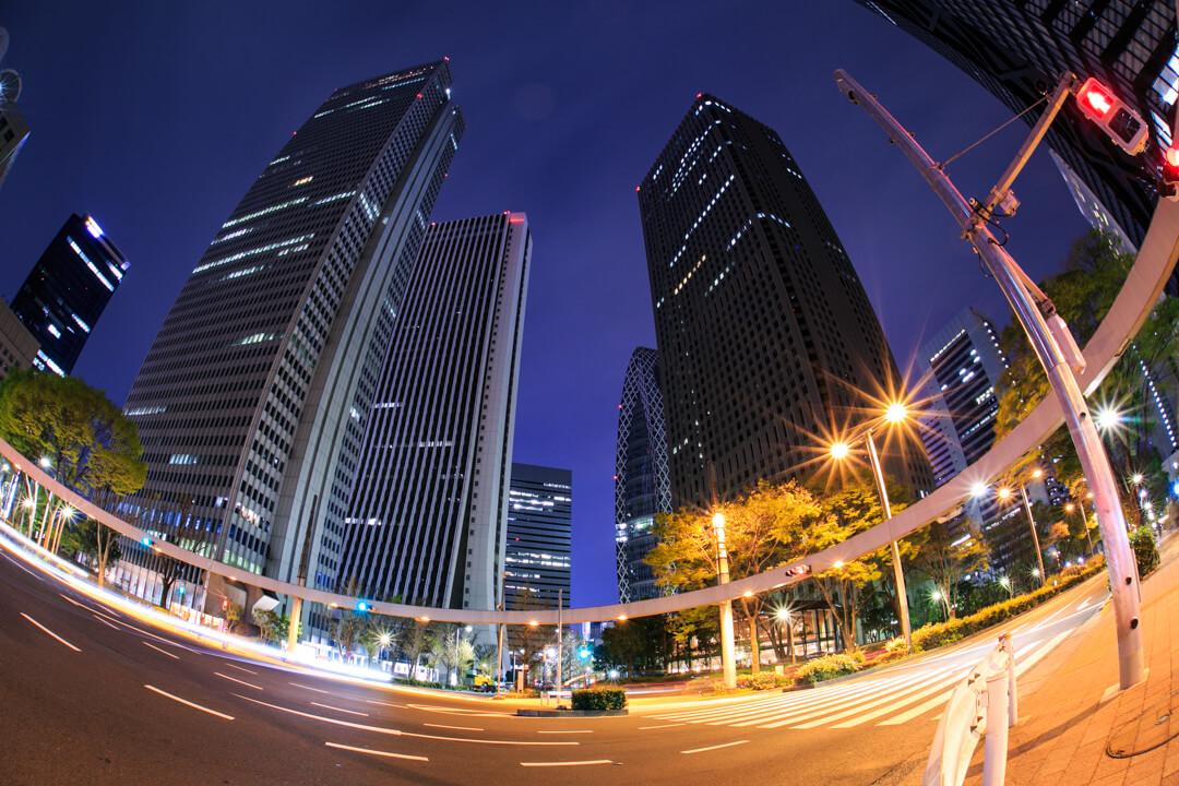 新宿で撮影したビル夜景の写真