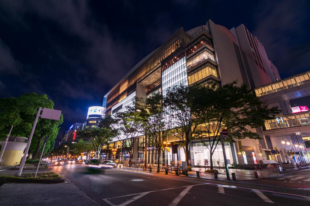 久屋大通公園南側から撮影したラシックの夜景