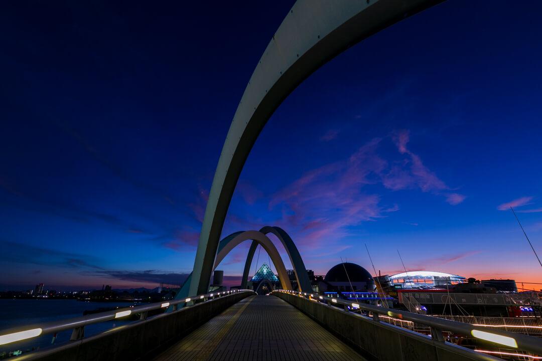 ポートブリッジで撮影した夜景の写真
