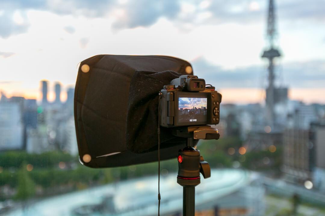 PowerShot G1 X Mark IIIでタイムラプス動画を撮影している様子