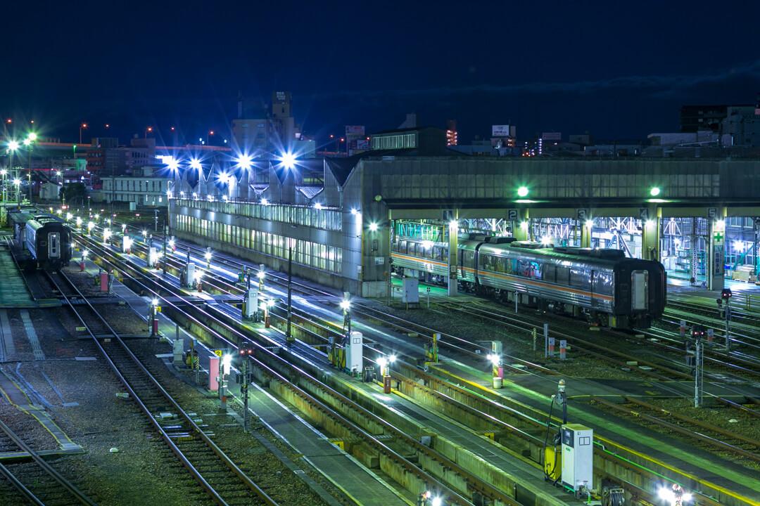 向野橋から撮影した電車の写真