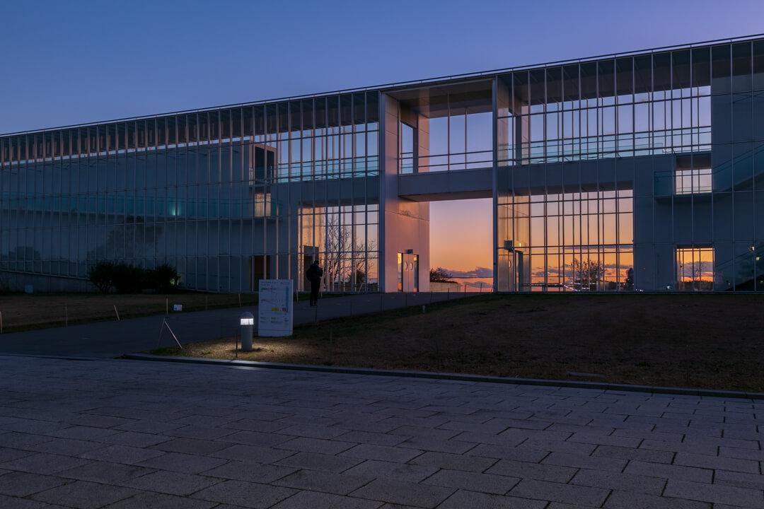 夕暮れ時の葛西臨海公園クリスタルビューの写真