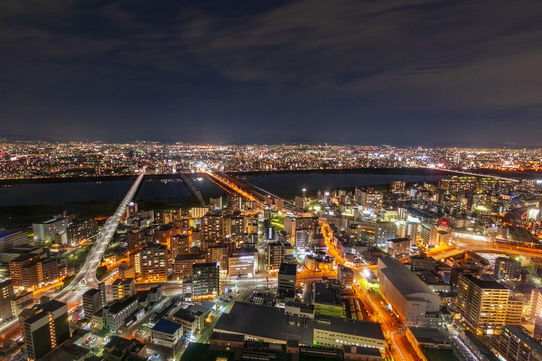 梅田スカイビルの夜景(北側)