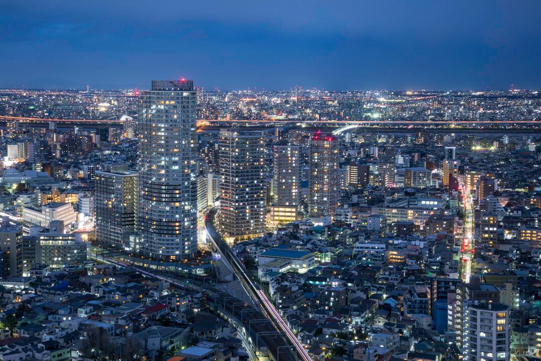 スカイツリーイーストタワー展望エリアから撮影した夜景