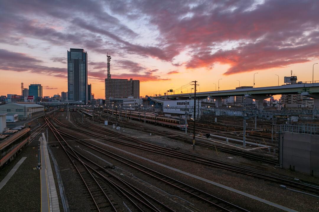 向野橋から撮影した名古屋プリンスホテルの写真