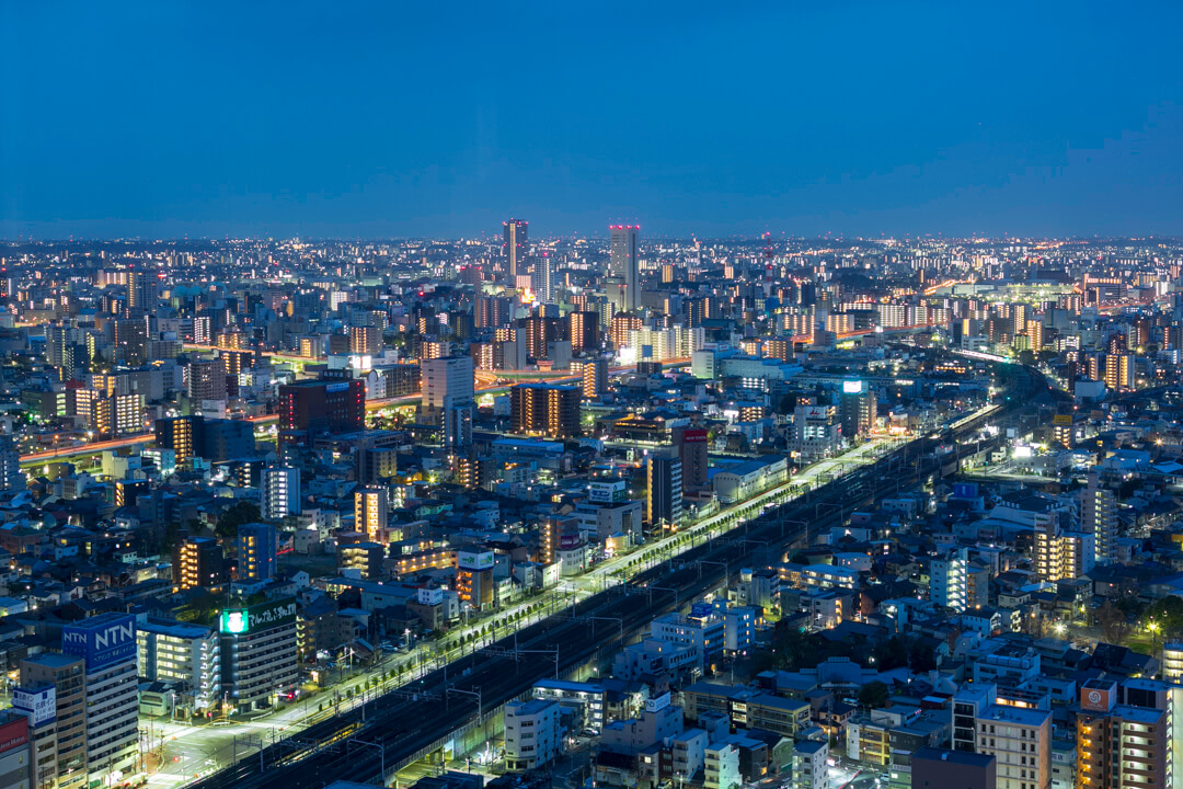 名古屋プリンスホテルから撮影した中川運河方面(南)の夜景