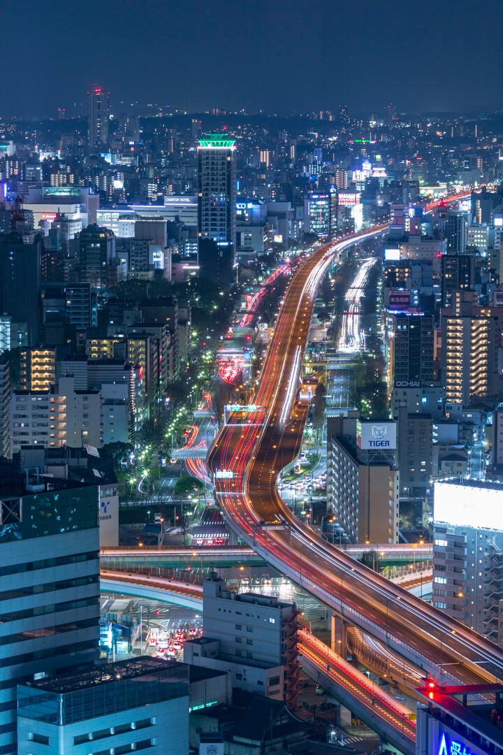 名古屋プリンスホテルから撮影した栄方面(東)の夜景