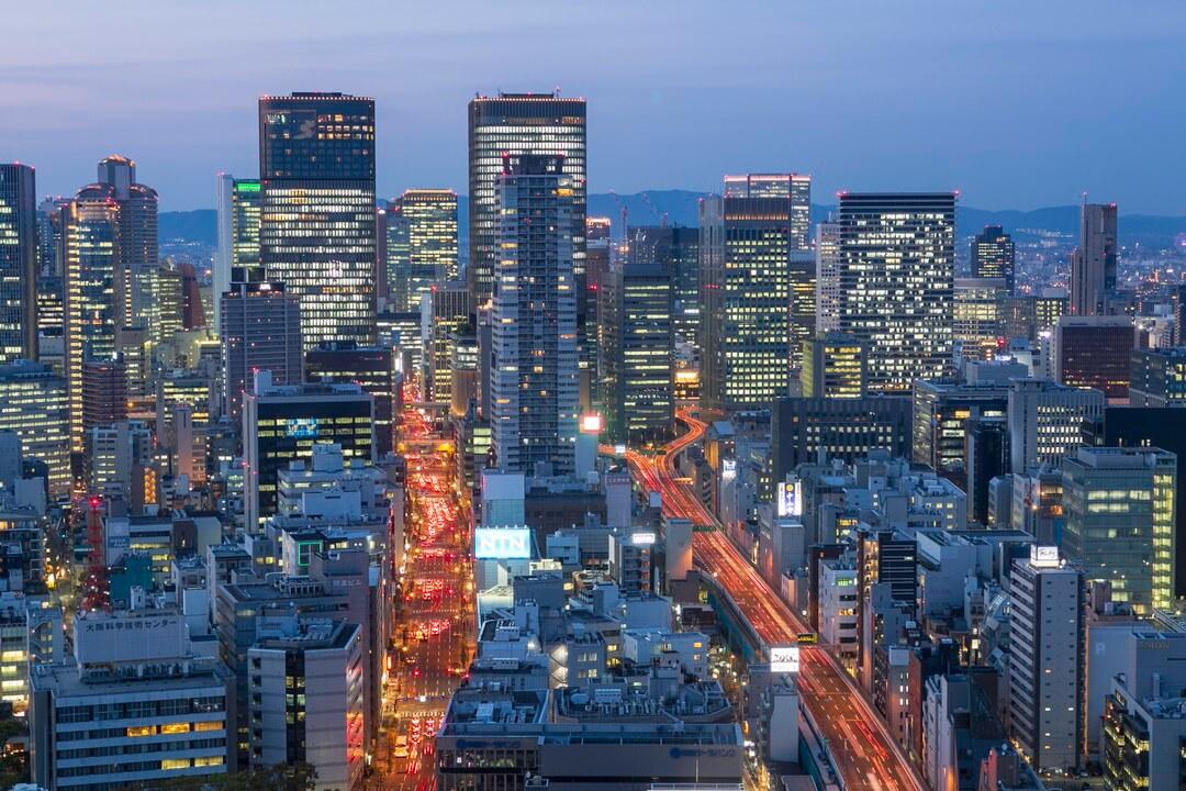 オリックス本町ビル展望テラスから撮影した夜景