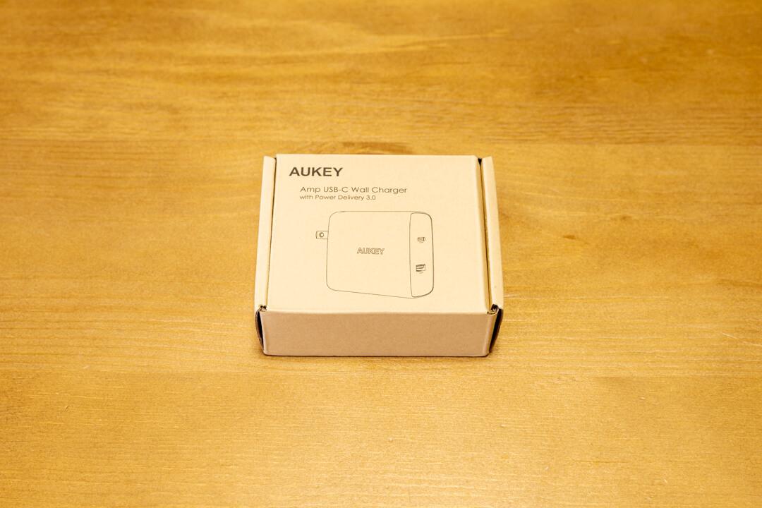 AUKEY PA-Y10の化粧箱