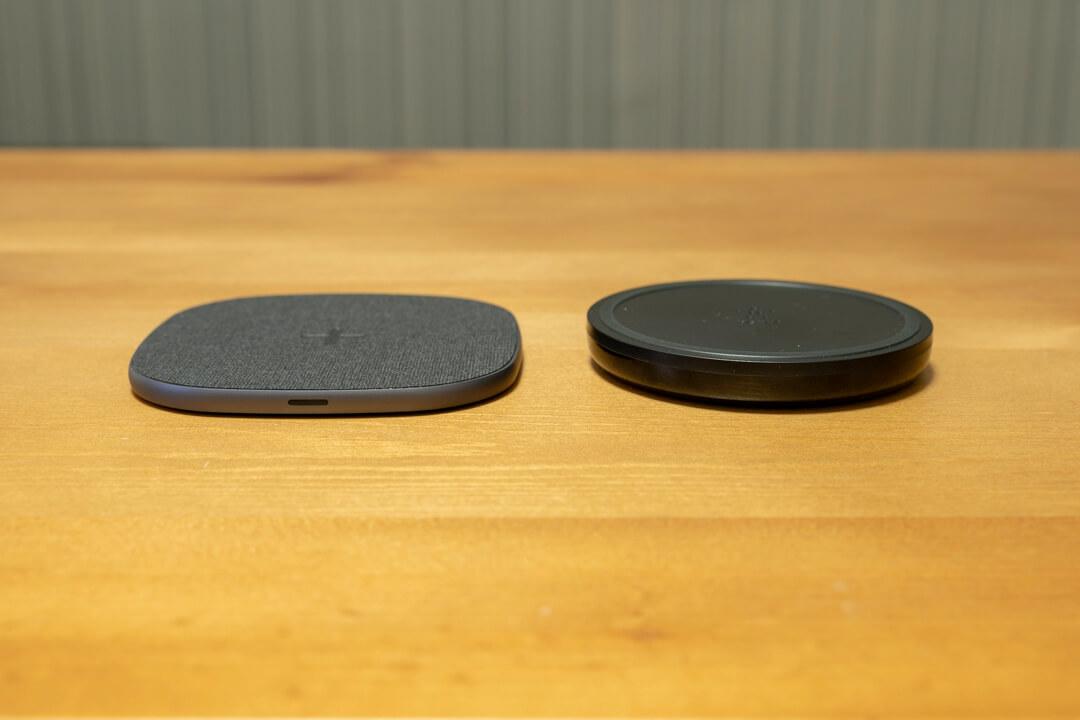 Peohzarrワイヤレス充電器の大きさ比較