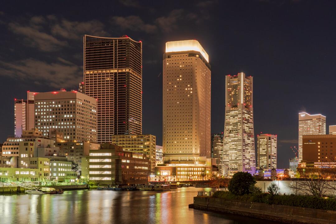 パホテル横浜ベイタワーの外観