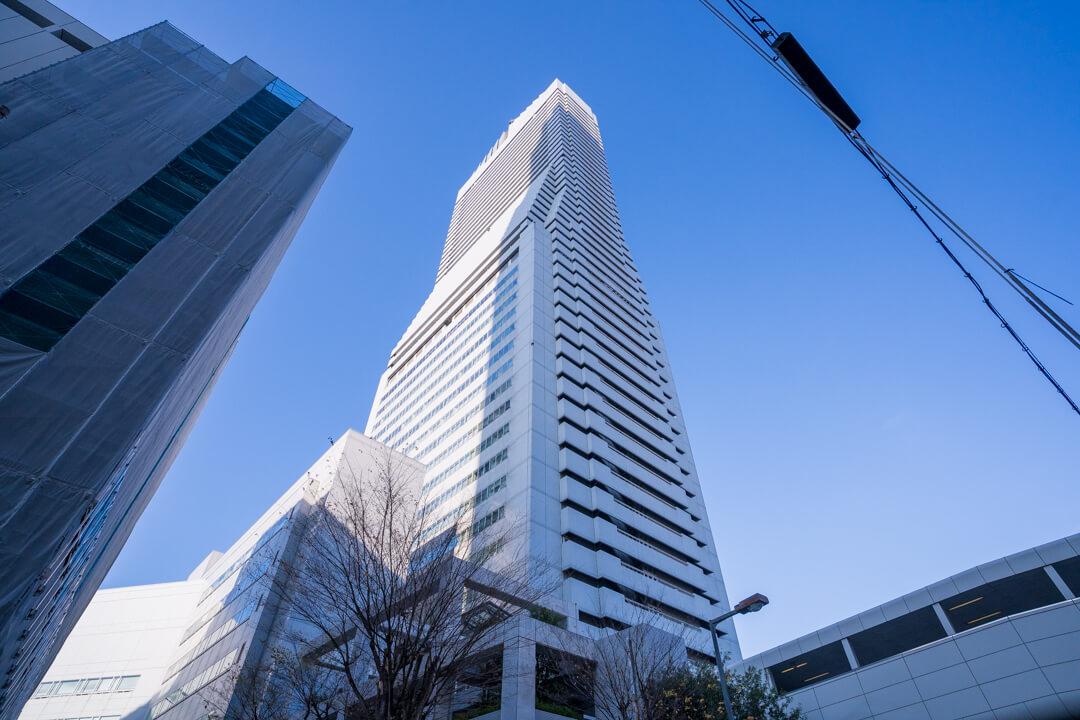 アートホテル大阪ベイタワーの外観