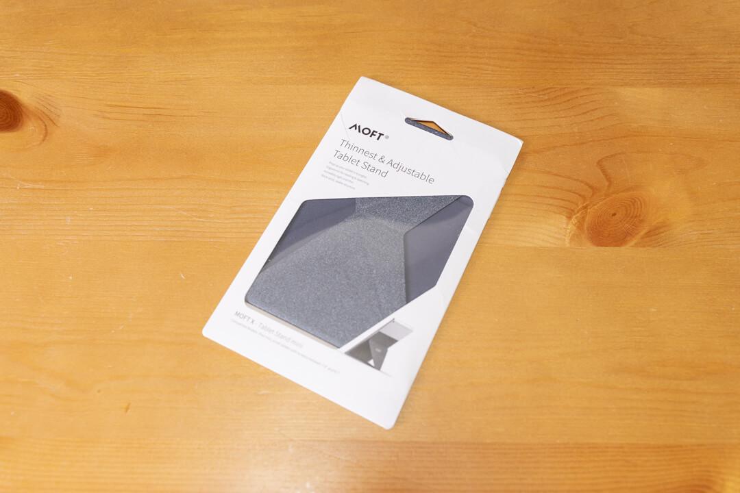 MOFT X タブレットminiのパッケージ