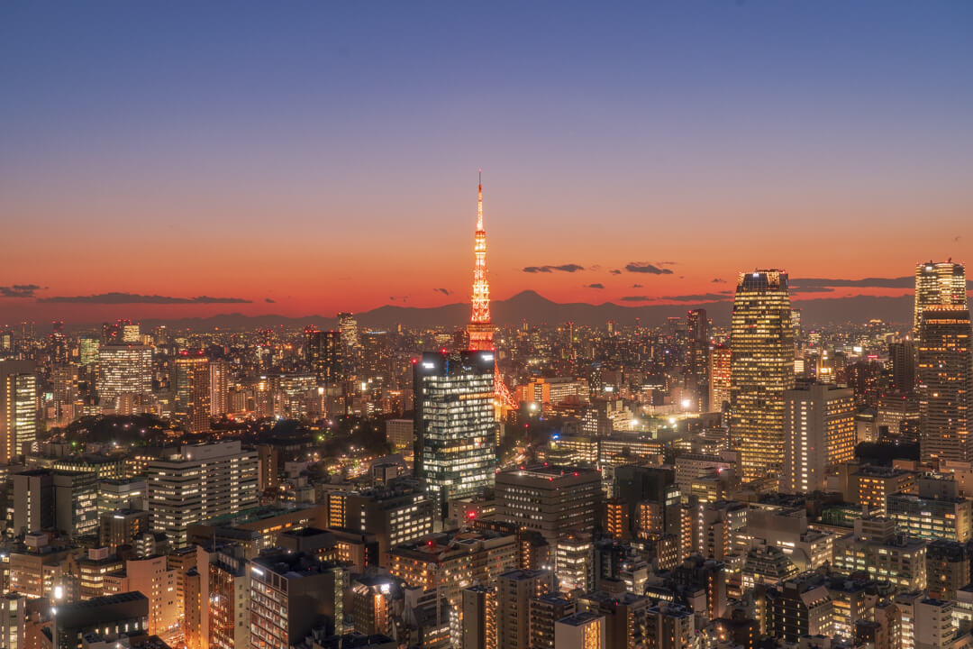 パークホテル東京から眺める東京タワーの夜景