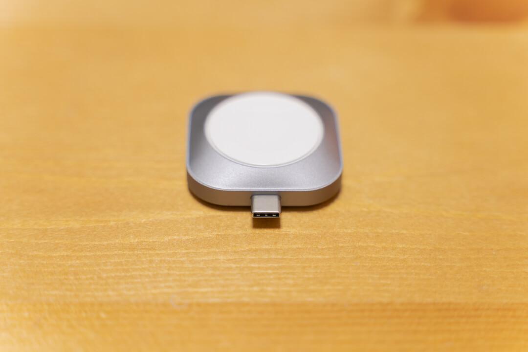 Satechi USB-C Apple Watch 充電ドック表側