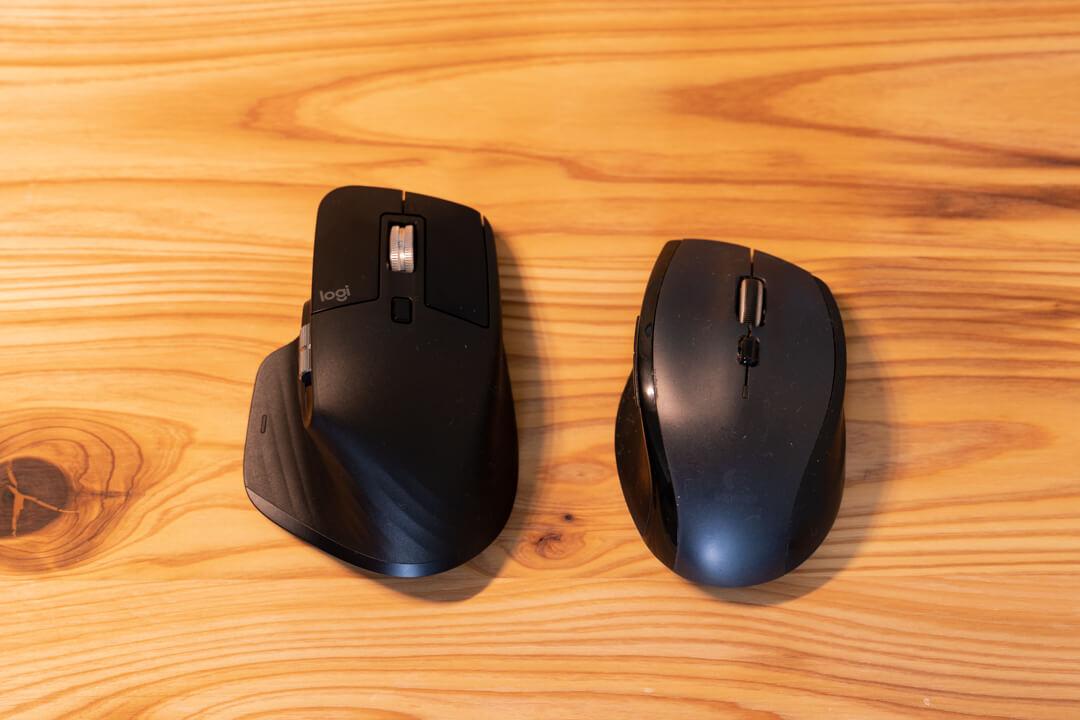 logicool MX master3の大きさをロジクールM705と比較する様子