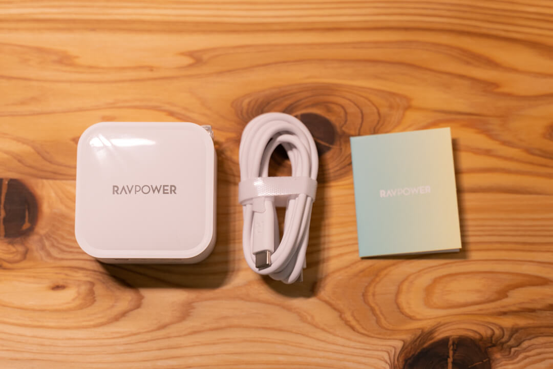 RAVPower RP-PC128の付属品