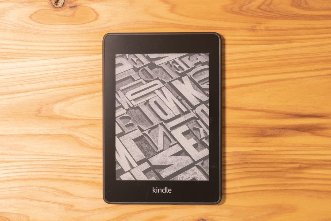 Kindle PaperWhiteを俯瞰撮影